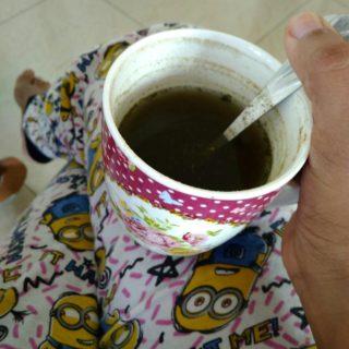Detox drink-mint, coriander and cardamom powder